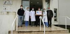 Entrega de máscaras por parte de um empresário ao Centro de Saúde de S. D. Rana, COVID-19