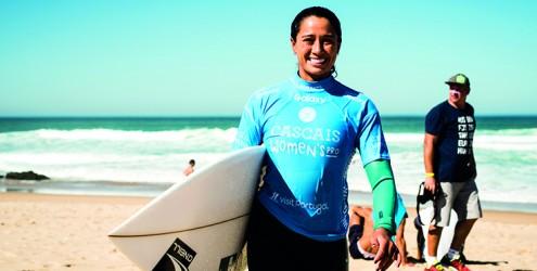 Campeã mundial feminina de surf pode ser coroada hoje no Guincho