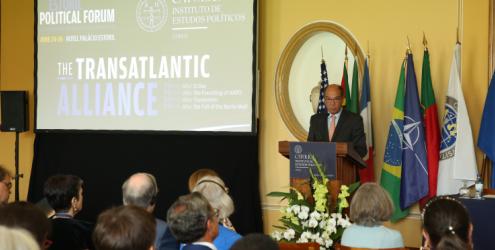 Debate no Estoril Political Forum
