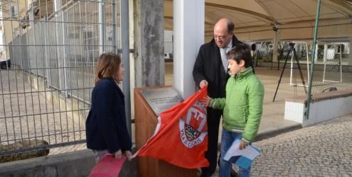 OP Cascais: Campo de jogos da EB1 de Carcavelos já tem cobertura