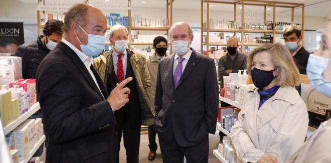 COVID-BUS e 42 farmácias do  ...