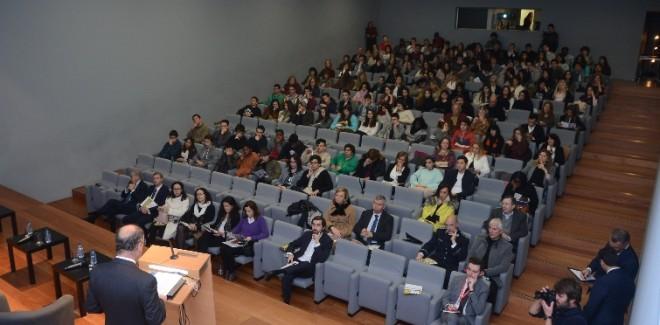 As Conferências do Estoril,  ...