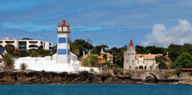 Santa Marta Lighthouse Museum and Condes de Castro Guimarães Museum-Library