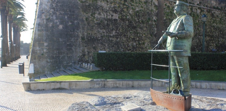 Monumento a D. Carlos I, de Luís Valadares   Cascais