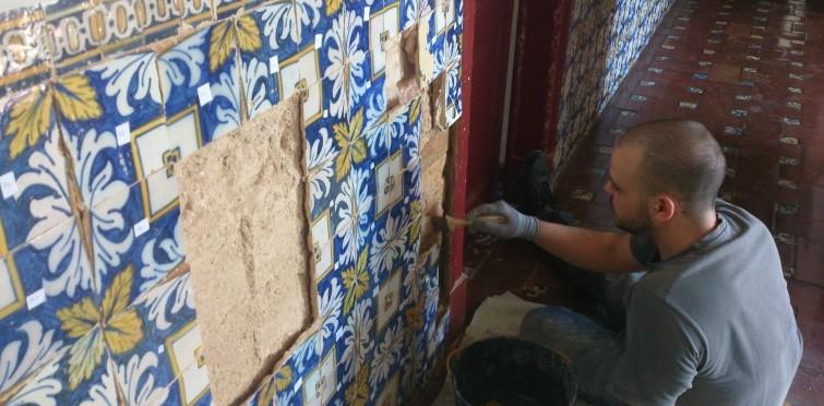 Intervenção de conservação e restauro de azulejos na Casa de Santa Maria | Cascais