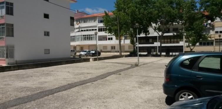 OP03 - Requalificação da Praceta das Oliveiras em Talaíde