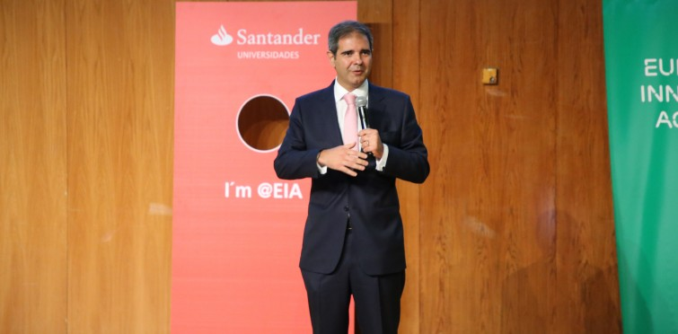 Marcos Soares Ribeiro, do Santander. O banco é um dos parceiros do European Innovation Academy