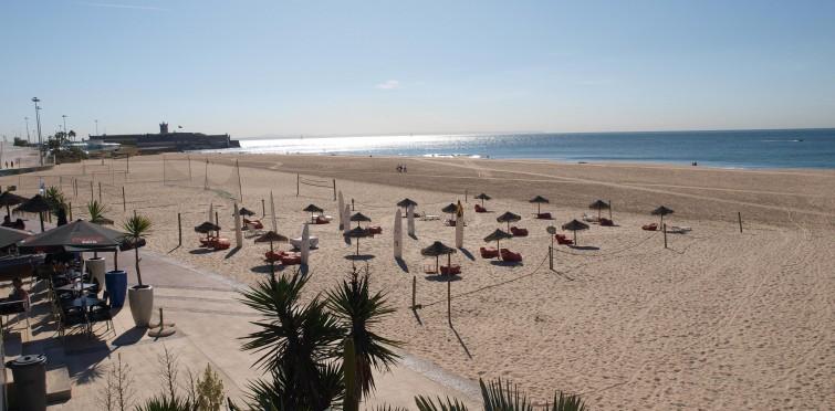 Praia de Carcavelos   Câmara Municipal de Cascais