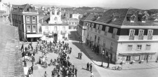 Cicilistas na Praça 5 de Outubro| Cascais, meados do século XX