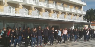 Escola Val do Rio Estoril  ...