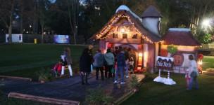 Cascais Christmas Village: A  ...